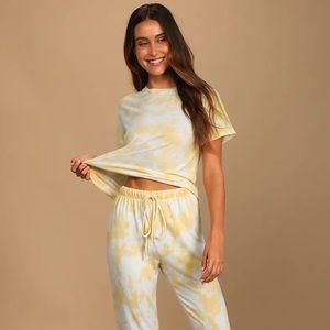 NWOT Lulus Cozy Livin' Yellow Tie-Dye Tee